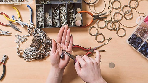 Jewelry Making (age 15-adult) in-person (Nov. 1-Dec. 13)