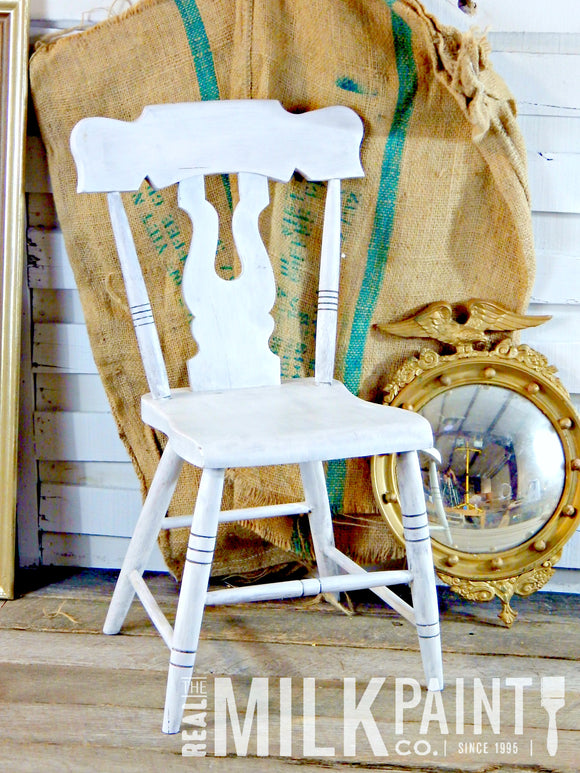 Real Milk Paint Pint-Color Soft White