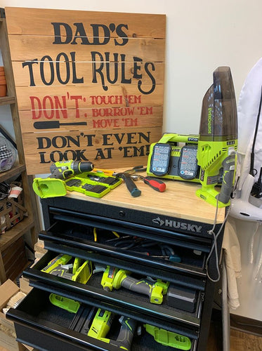 Dad's Tools Sign (MH101)