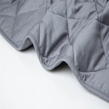 "Load image into Gallery viewer, 15 pound Weighted Blanket 48"" x 72"""
