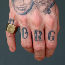 Load image into Gallery viewer, Sheehan & Company Signet Ring