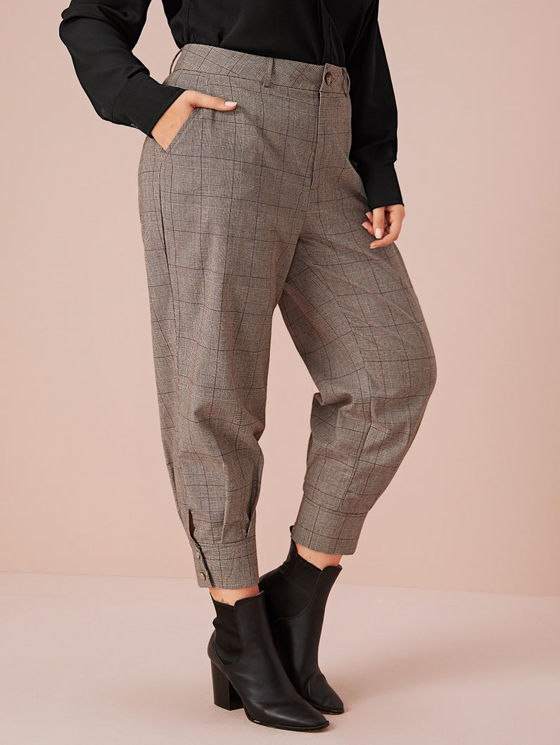 Plus Plaid Print Carrot Pants Without Belt