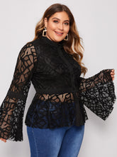 Load image into Gallery viewer, Plus Flounce Sleeve Peplum Lace Blouse