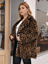 Load image into Gallery viewer, Plus Button Front Leopard Teddy Coat