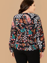 Load image into Gallery viewer, Plus Paisley & Floral Print Top