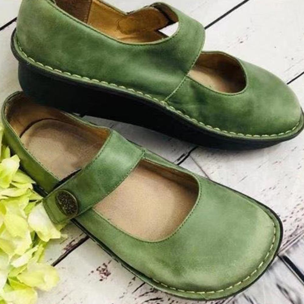 Women Vintage Solid Cutout Buckle Flat Shoes