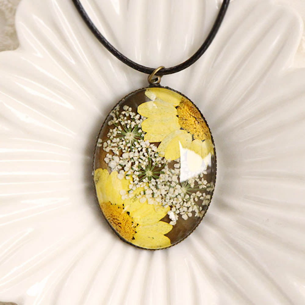 Dried Sunflower With Ammi Glass Gem Literary Vintage Necklace