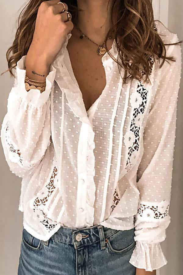 Elegant Floral Lace Paneled Ruffled Buttoned Blouse