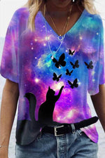 Literary Cat Catch Butterfly Colorful Gradient Print V Neck Women T-shirt