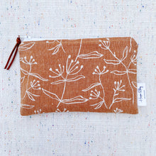 "Load image into Gallery viewer, ""The Dreja"" Linen Reusable Snack Bag"