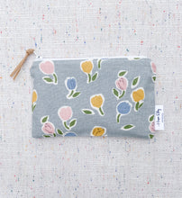 "Load image into Gallery viewer, ""The Atlee"" 100% Linen Reusable Snack Bag"