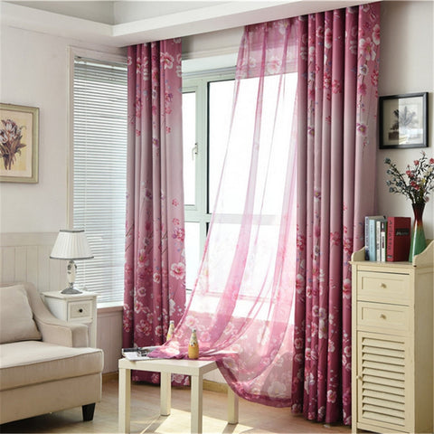 cortinas rosas estampadas