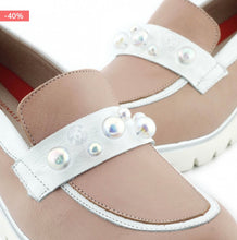 Load image into Gallery viewer, SALE! Leather Moccasin with Pearl Adornment (Rose)
