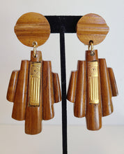 Load image into Gallery viewer, Vintage Wood Earrings