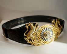Load image into Gallery viewer, Vintage Judith Lieber Medallion Belt