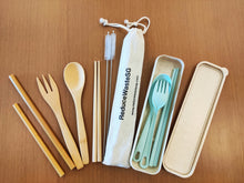 Load image into Gallery viewer, Perfect for a family day, travel the world with our biodegradable cutlery set and contribute to a greener earth.