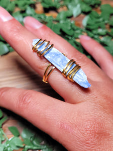 Blue Kyanite Ring - Gold