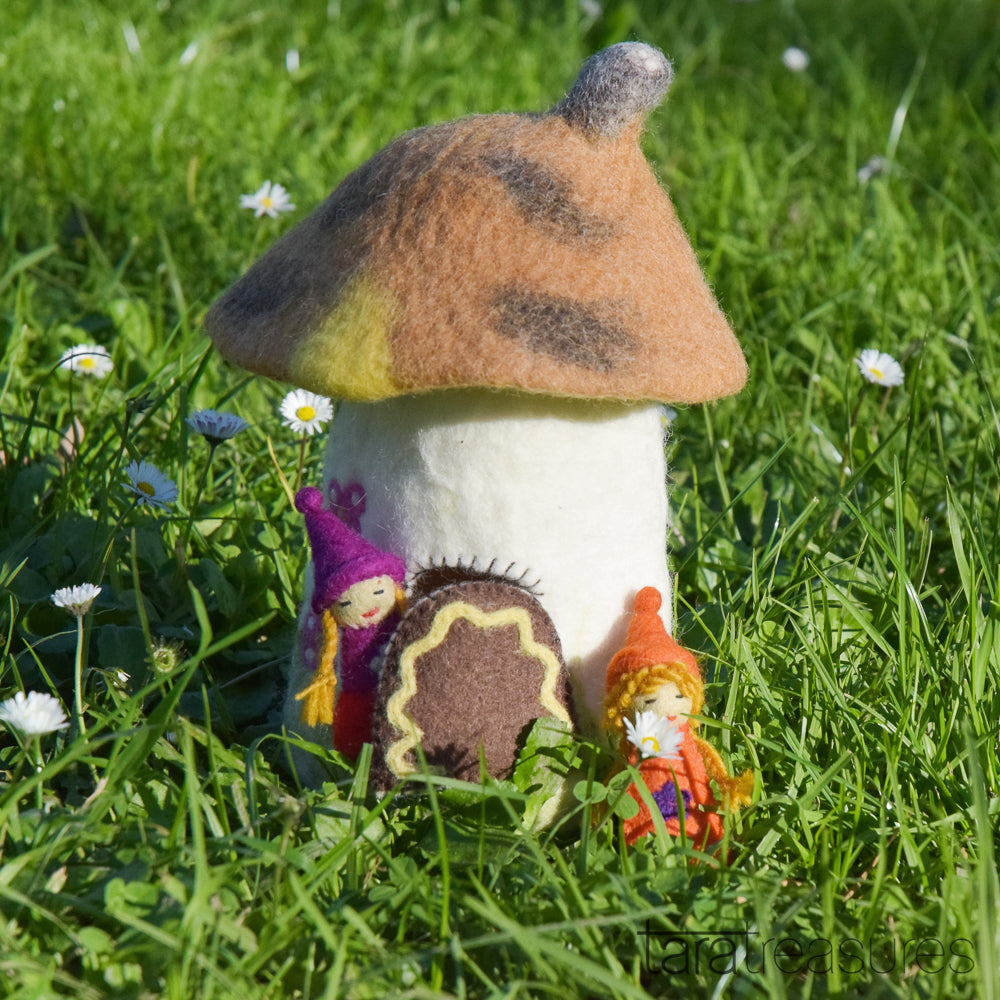 Fairies and Gnomes House - Brown - Tara Treasures