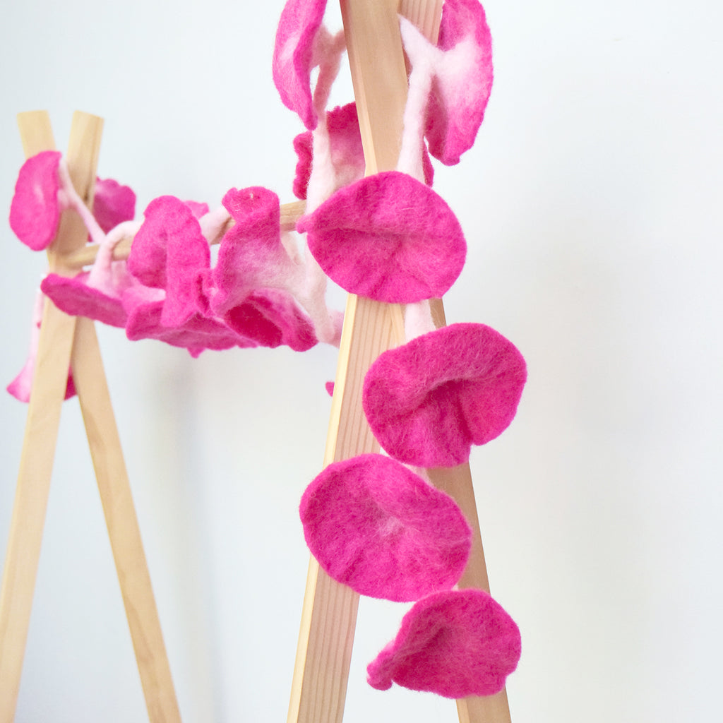Flower Garland - Bright Pink - Tara Treasures