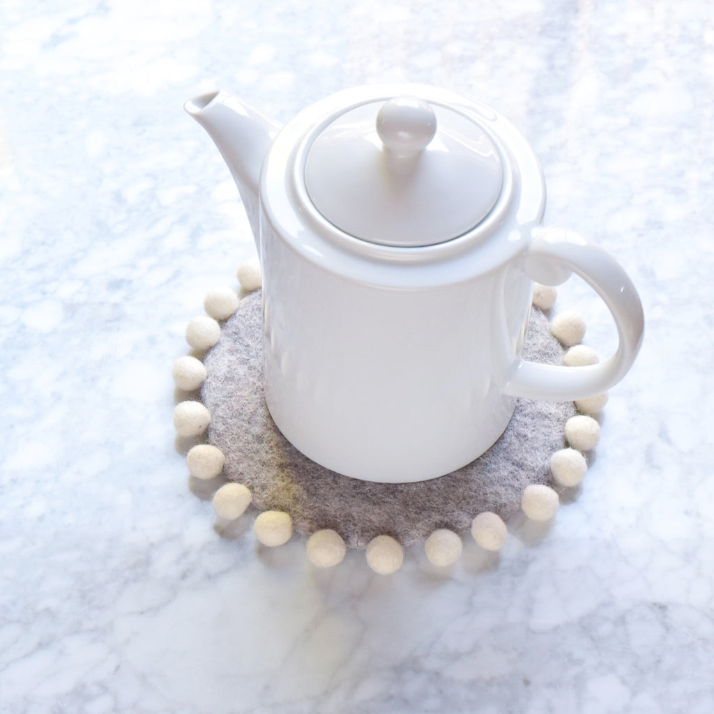 Felt Pot Trivet with Pompoms - Grey 20cm - Tara Treasures