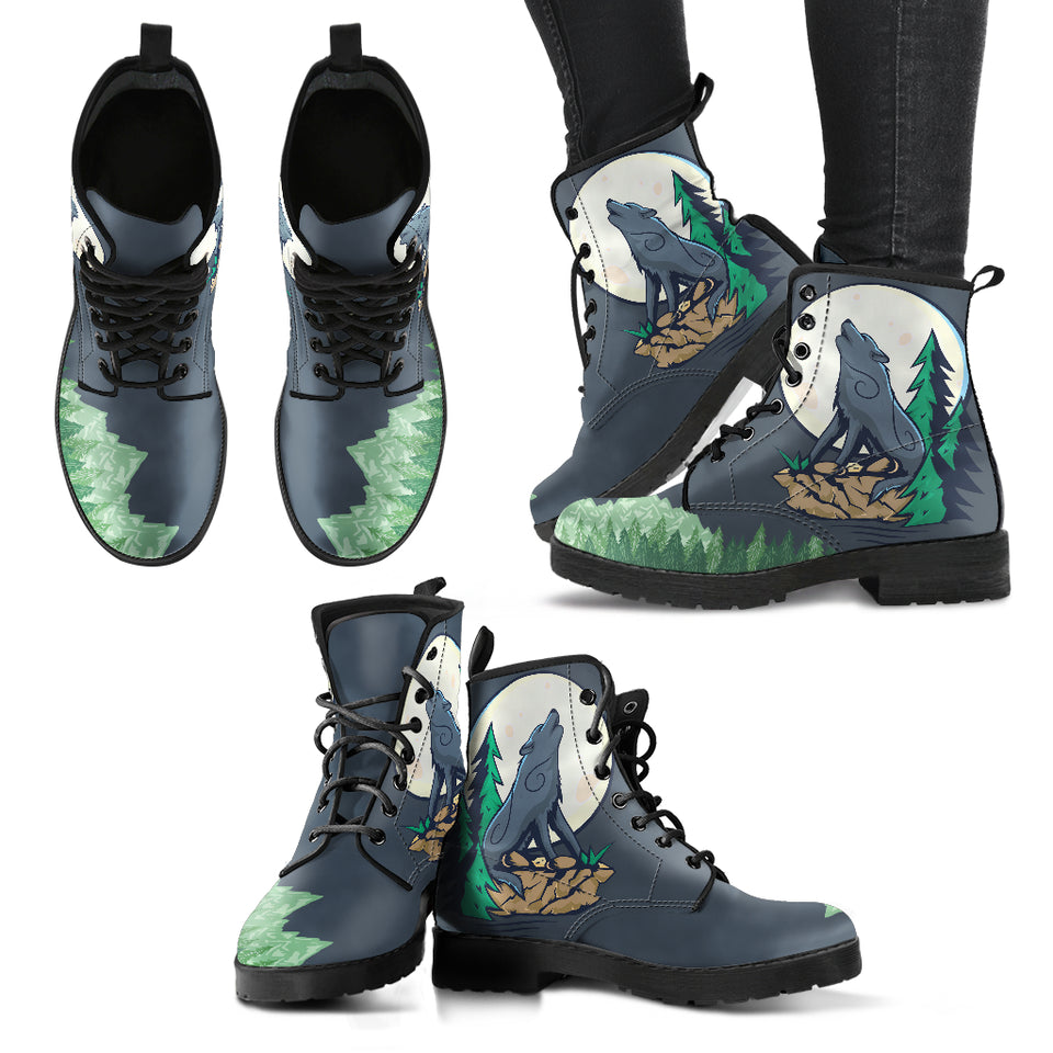 Howling Wolf Moon Boots