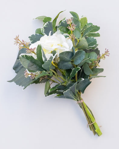 B04 HYD/EUCALYPTUS/PEPPEROMIA WHITE BOUQUET 33CM - B04 (Box of 2)