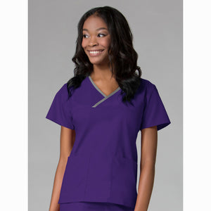 Core Contrast Wrap Scrub | Purple
