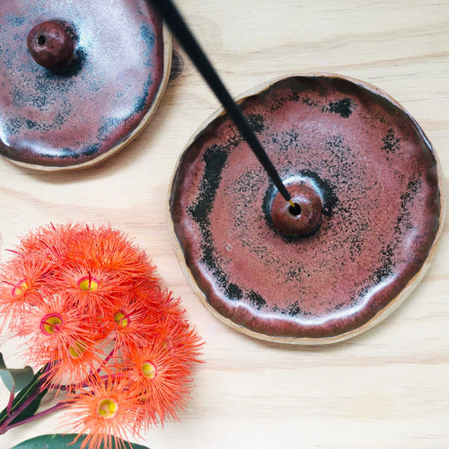 Deep rusty flecked handmade incense holder