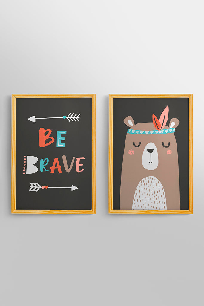 Kit 2 Quadros Be Brave Moldura Pinus 32cm x 46cm Woodland