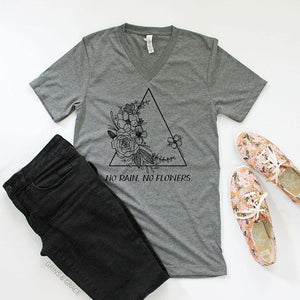 """No Rain, No Flowers "" T-Shirt in Deep Grey"