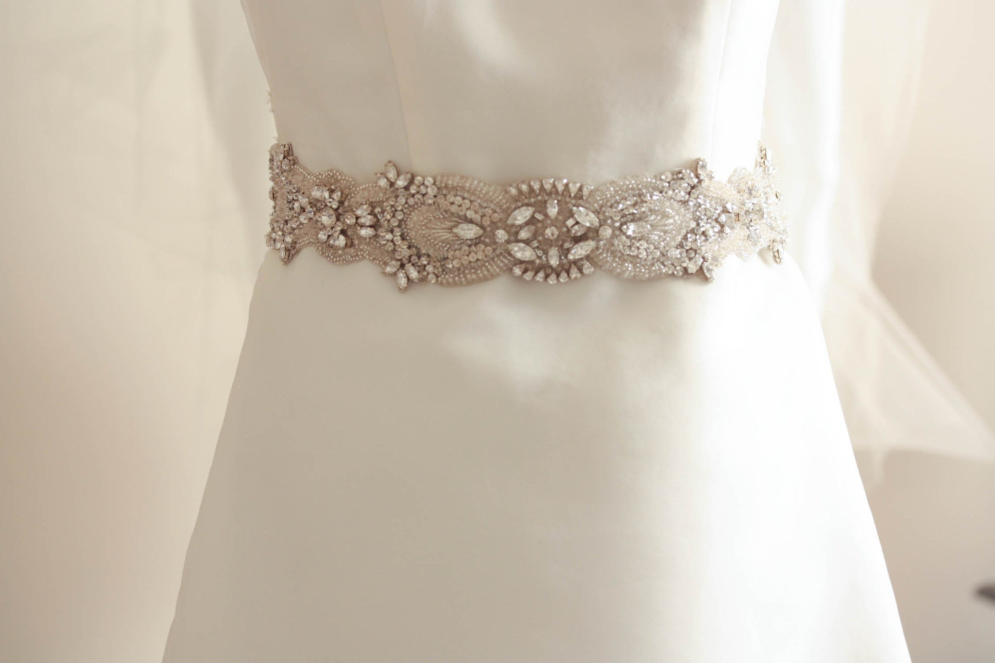Bridal belts and sash laces millieicaro boutique for Belts for wedding dress