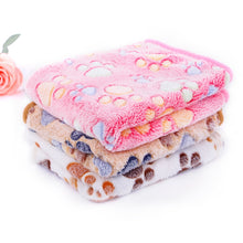 Load image into Gallery viewer, Fleece Warm Soft Touch Large Size Bed Blanket