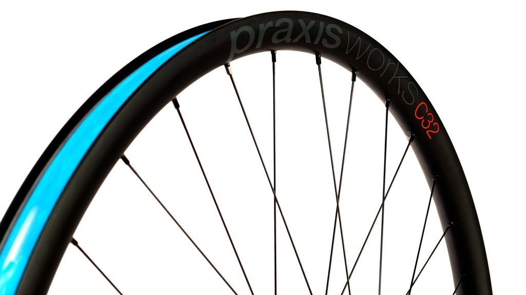 Carbon mountain bike wheels from Praxis Works, C32