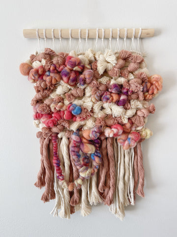 Collar City Candle- 9oz Coconut Milk & Mango Candle