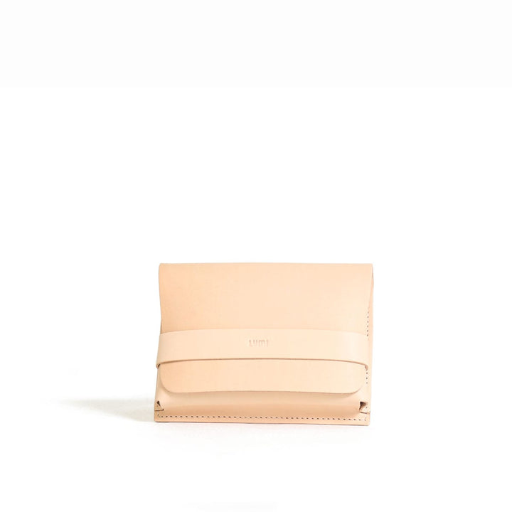 - Medium Case Utility Pocket Natural