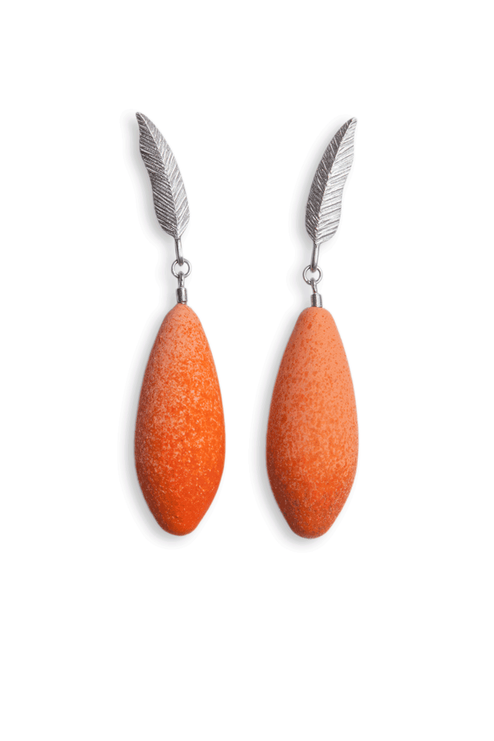 Diana Arno - DIANA ARNO X TANEL VEENRE SILVER FEATHER EARRINGS WITH MINI-EARBERRIES.