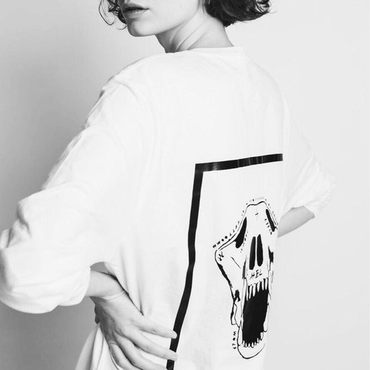 Wolf Skull | Oversized White Long Sleeve