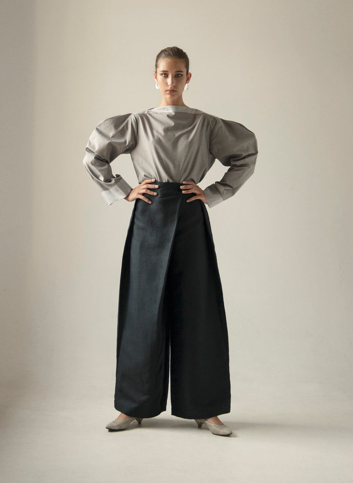 - GRAY PUFFED SLEEVES BLOUSE