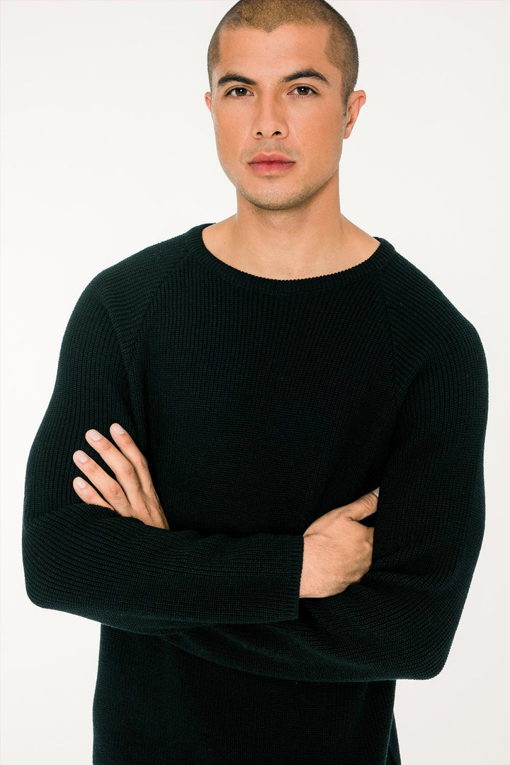 - 'Basic' merino knit sweater black
