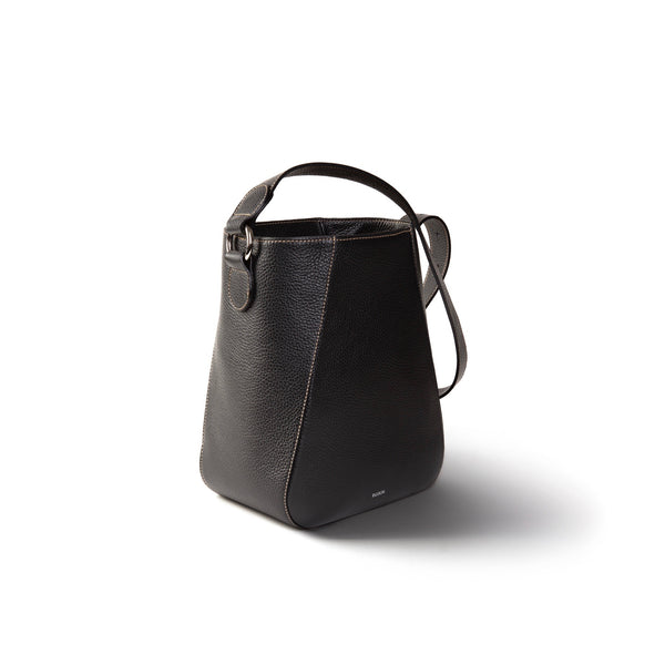 Bennet Bucket Black
