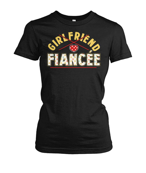 Fiancee Female Romantic Gift For Her - Yellow Dot Fiancée Tank Top - Magic Proposal