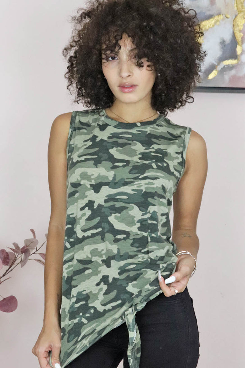 camo knot front top