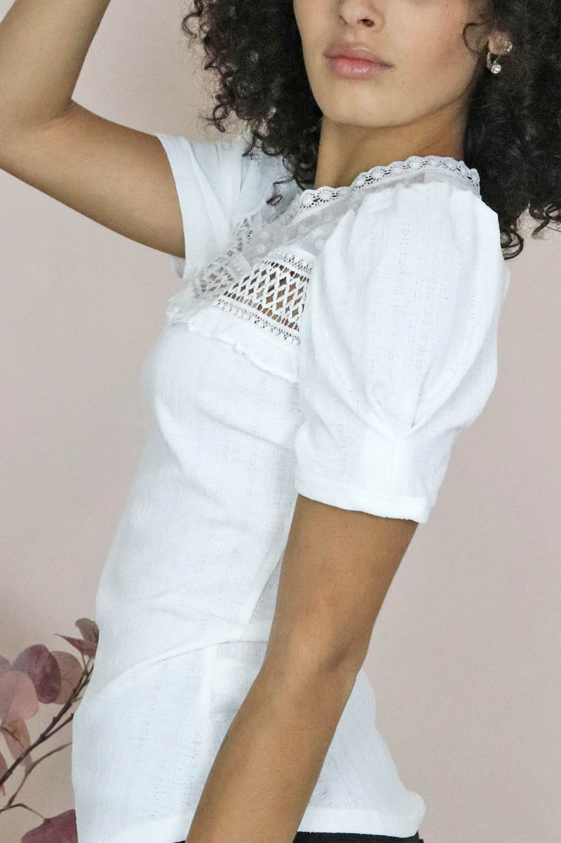 White puff sleeve tee with lace