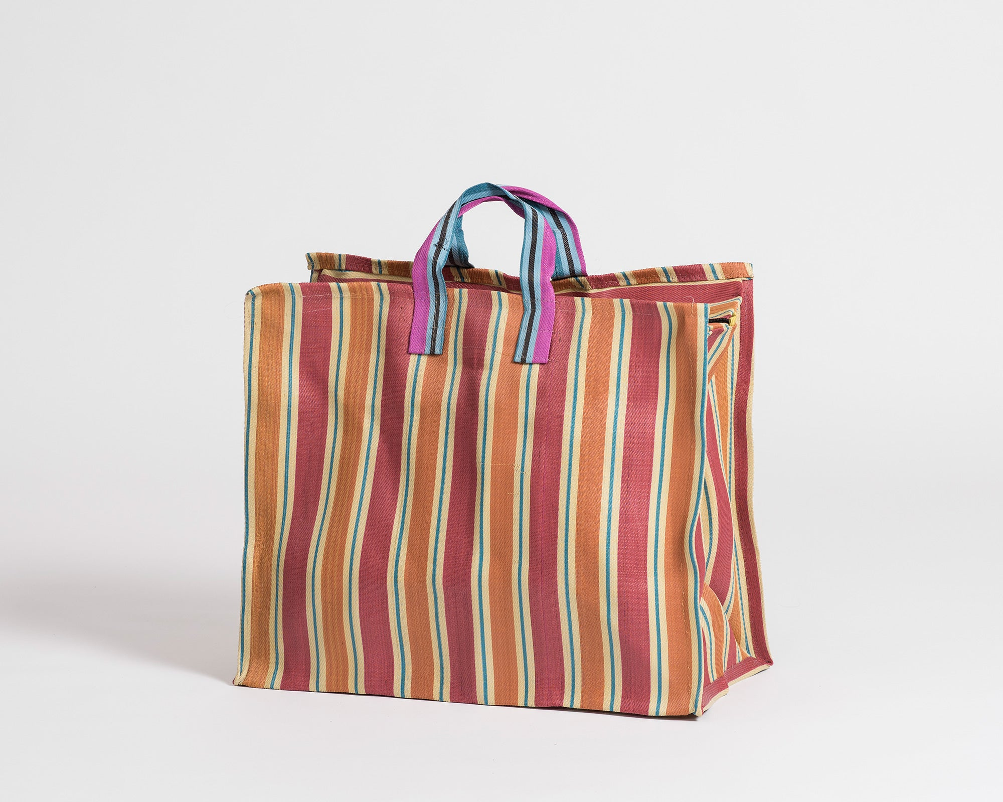 Day-to-Day Bag - Medium 002