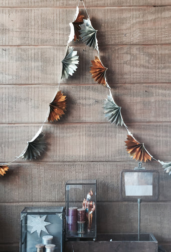 Metallic Gold/Silver Accordian Fan Garland