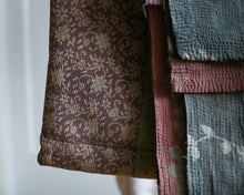Load image into Gallery viewer, Vintage Kantha Throw 3/11
