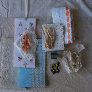 Vintage Sewing Notions Pack