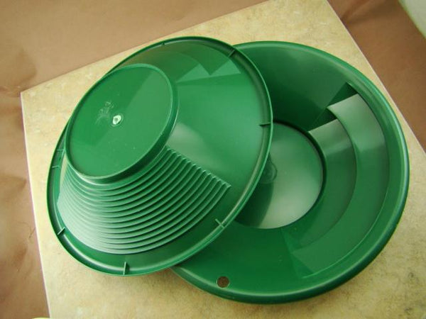 "Lot of 50 - 8"" Green Gold Pans w/ Bottle Snuffer-Panning Kit-Prospecting-Mining"