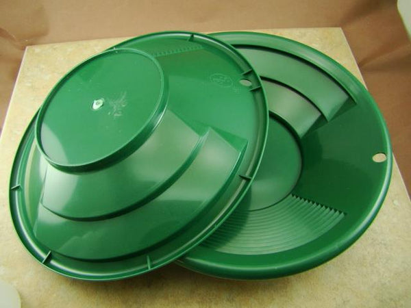 "Lot of 2 - 8"" Green Gold Pans w/ Bottle Snuffer-Panning Kit-Duel Riffles-Mining"
