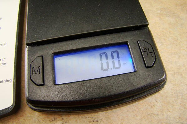 Mini Digital Pocket Scale-Gold-Silver-Gram-OZT-DWT-OZ-Troy Ounce-Black-AAA-